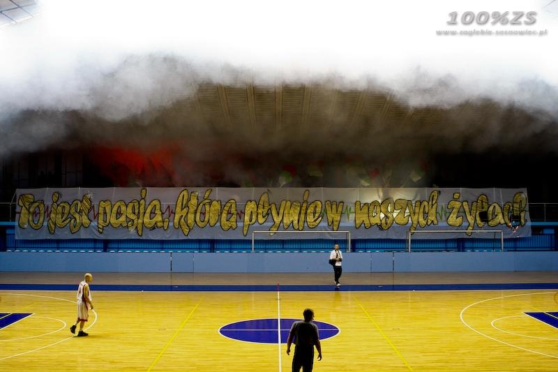 Fenomenul Ultras in alte sporturi - Pagina 4 A1d172606fcf851b70476029178e68d0_800_600_w__1