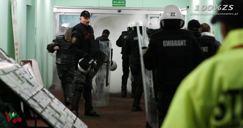 Ochrona Gwarant Gazuje Kibiców I Dziennikarzy 100 Zagłębie Sosnowiec