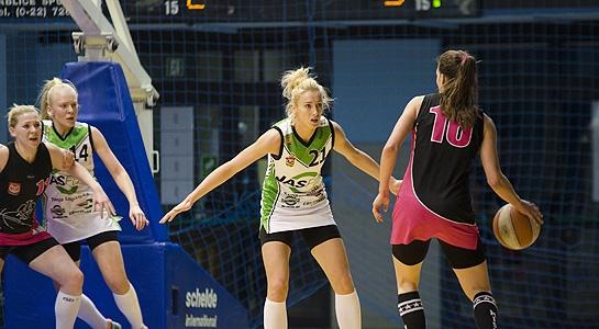 Koszykówka: JAS-FBG - AZS UW 41:50 (galeria zdjęć)